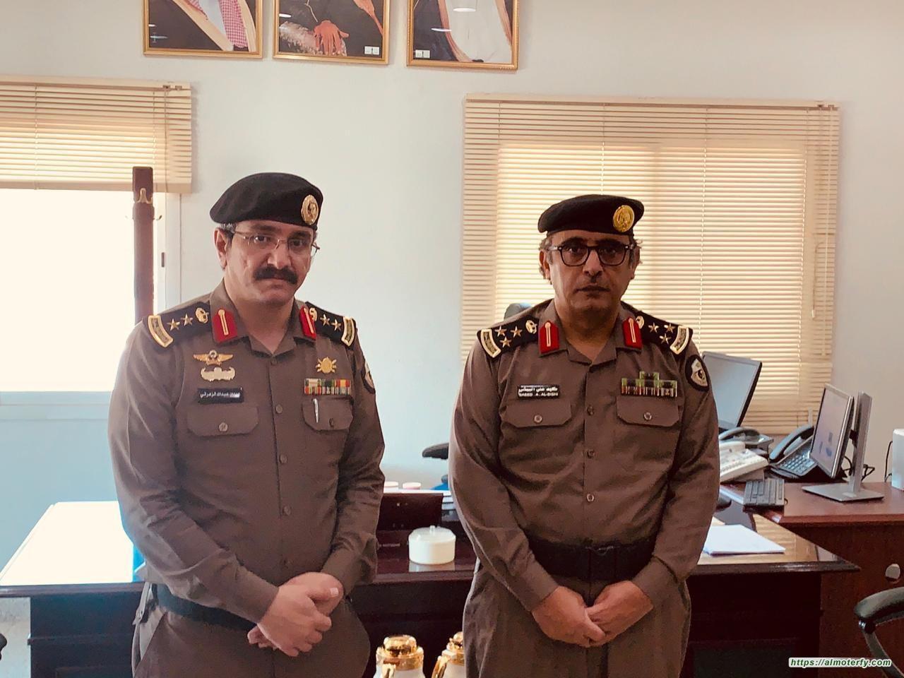 مدير شرطة الجبيل يقلد الزهراني رتبة عقيد