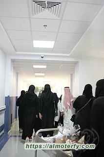 همسات الثقافي يعايد مرضى مستشفى الملك فهد بالاحساء