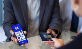 """الاتحاد للطيران تبدأ العمل عبر جواز السفر الصحي """"أياتا ترافل باس"""" على رحلاتها المتجهة من أبوظبي إلى أمريكا الشمالية"""