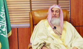 مفتي عام المملكة : صلاتا التراويح والعيد تقامان في البيوت في حال استمرار جائحة كورونا