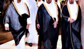 الشيخ جابر المبارك يقدم واجب العزاء بوفاة الأمير بندر بن عبدالعزيز