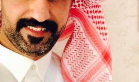 الفنان التشكيلي حسن الجاسم : منذ صغري اعشق هذا الفن ووالدتي من المتابعين والمهتمين لي ولازالت ، و زوجتي من المشجعين والأخذ برأيها في خلال العمل وبعده